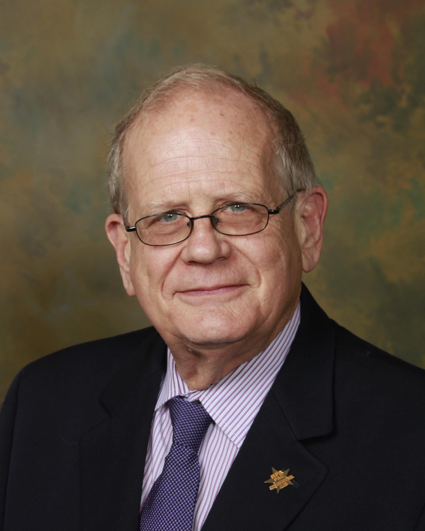William L  McGuffin Jr , MD - Nephrology - Montgomery